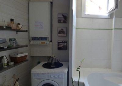 Lea-Interiors-Design-Bergerac_Conseils-pour-achat-Salle-de-bains-bardage-sapin-blanc-zen