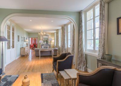 Lea-Interiors-Design-Bergerac-St-Emilion-mise-en-scene-salon-vert